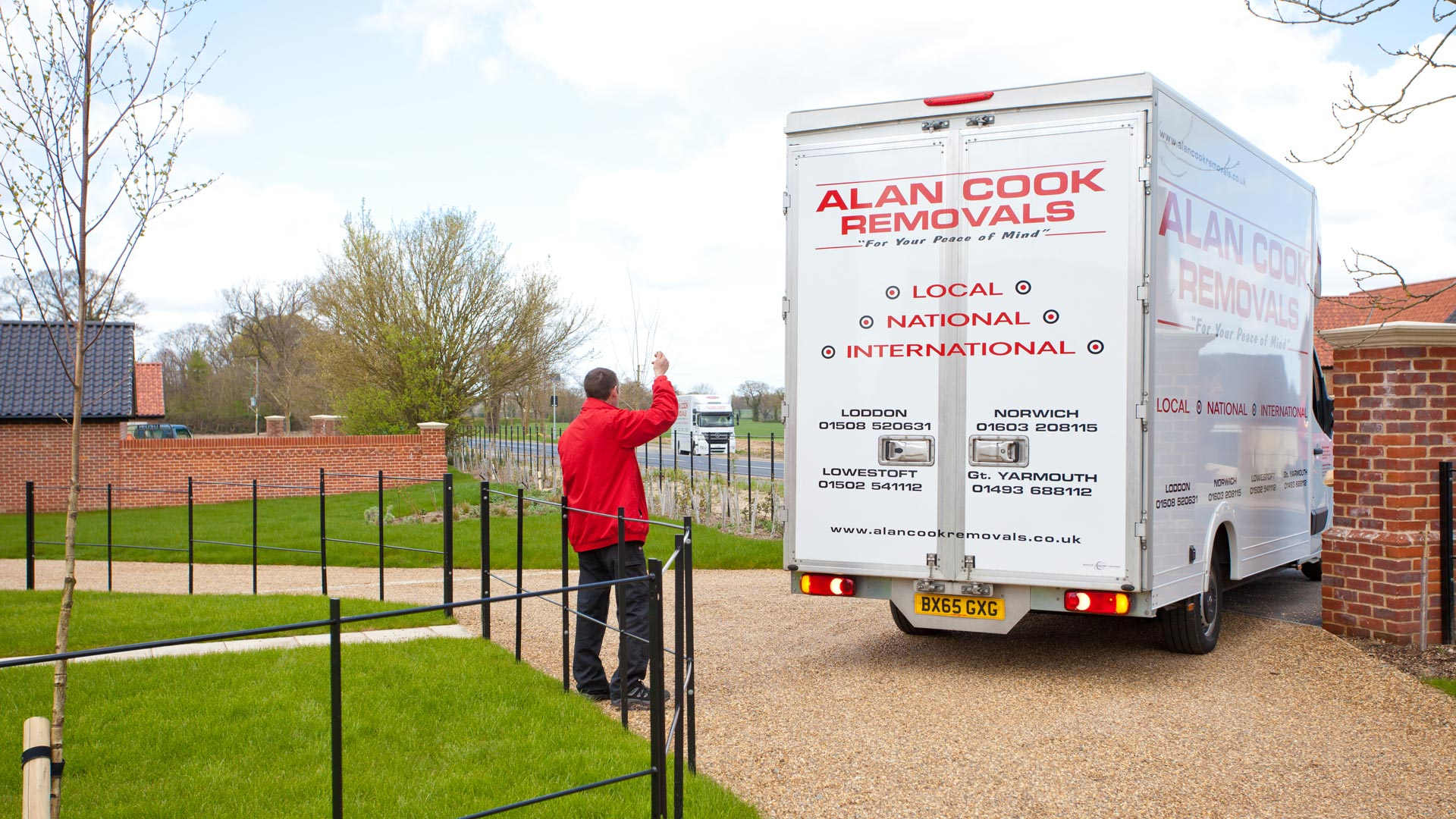 Taking the stress out of moving - Alan Cook Removals - Of all the Norwich Removals Companies we pride ourselves in offering the most prfessional, 